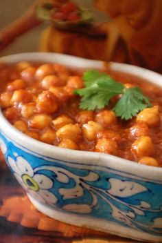 Lots of people would like to find out about indian cooking chana masala. Well this is what our web site deals with. So click through and look at how we can help you. Chana Masala, Garam Masala, Indian Food Recipes, Vegetarian Recipes, Cooking Recipes, Healthy Recipes, Indian Foods, Indian Dishes, Chickpea Curry