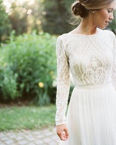 Wedding Gown 25 Modest Wedding Dresses with Long Sleeves - Long Sleeve Wedding Dress Cheap Gowns, Cheap Wedding Dresses Online, Country Wedding Dresses, Modest Wedding Dresses With Sleeves, Country Weddings, Sleeve Wedding Dresses, Antique Wedding Dresses, Crazy Wedding Dresses, Bridesmaid Dresses Long Sleeve