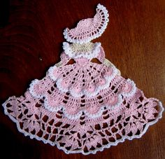 Crochet Crinoline lady, 9 tall, pink and white Filet Crochet, Art Au Crochet, Crochet Motifs, Thread Crochet, Crochet Crafts, Crochet Stitches, Crochet Projects, Diy Crochet, Crochet Dollies