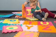 Large Foam Mats offer a safe and fun portable playroom mat surface for toddlers and young children. Each mat locks together like a puzzle and is made of soft foam. Puzzle Mat, Floor Puzzle, Foam Flooring, Basement Flooring, Garage To Living Space, Kids Education, Cool Things To Buy, Young Children, Kids Rugs