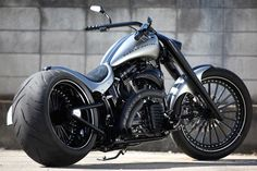 Custom Harley Davidson Motorcycles | Bad Land Motorcycles' Coudy Bay: Re-Newal custom Harley Davidson build ...