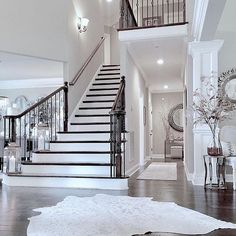 Staircase Inspiration Foyer opens to grand Staircase - house and flat decorations Dream Home Design, My Dream Home, Inspire Me Home Decor, Foyer Decorating, Decorating Ideas, House Entrance, Entrance Foyer, Entryway Rug, White Houses