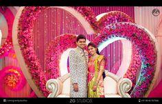 Stage Desi Wedding Decor, Wedding Stage Design, Wedding Balloon Decorations, Wedding Reception Backdrop, Wedding Entrance, Wedding Mandap, Indian Wedding Decorations, Wedding Balloons, Flower Decorations