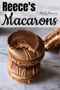 I'm nothing if not honest. And, if I was honest, I would admit that I have an addiction to a certain peanut butter cup. And these Reeces Macarons feed that addiction so well, it's not funny. French Macaroon Recipes, French Macaroons, Macaron Flavors, Macaron Recipe, Easy Desserts, Delicious Desserts, Yummy Food, Macarons, Baking Recipes
