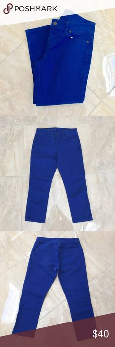 Royal Blue Signature Denim Royal blue Denim - Signature Fit Worn a few times. No flaws. Size: 2P - True to size! Not full length - Capri Length. Gorgeous color for summer!☀️ Talbots Pants Ankle & Cropped