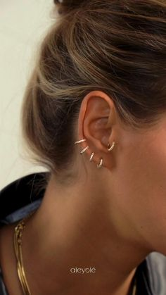 In collaboration with Galgos del Sol Bijoux Piercing Septum, Unique Ear Piercings, Cute Piercings, Body Piercings, Piercing Tattoo, Ear Jewelry, Cute Jewelry, Jewellery, Piercing Auricular