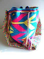 give back with a bag. wayuu taya