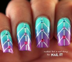 Nail Art How To: Create These Striped Ombre Leaf Nails by Nuthin' But a Nail Thing! Different Nail Designs, Cool Nail Designs, Gradient Nails, Blue Nails, Acrylic Nails, Hair And Nails, My Nails, Ambre Nails, Studded Nails