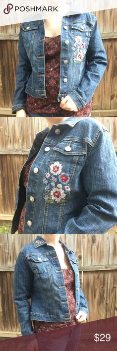 "Floral Embroidery Denim Jacket SIze Large Trendy Floral Embroidery Denim Jacket SIze Large Arizona. 18"" arm pit to arm pit. 20"" length. Arizona Jean Company Jackets & Coats Jean Jackets"