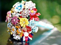 Vintage Brooch Bouquet~
