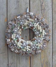 Pixel - ajtódísz, Dekoráció, Otthon, lakberendezés, Meska Door Wreaths, Hanukkah, Christmas Wreaths, Pure Products, Holiday Decor, Flowers, Diy, Windows, Doors