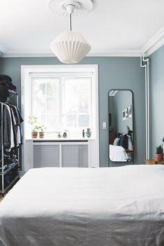 Rustic Furniture For Sale Cosy Bedroom, Bohemian Bedroom Decor, Home Decor Bedroom, Bedroom Ideas, Master Bedroom, Luxury Home Furniture, Rustic Furniture, Antique Furniture, Living Room Grey