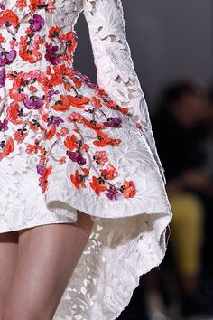 Paris Couture S/S 2014 in Detail - A Stylabl curation of detailed photos.