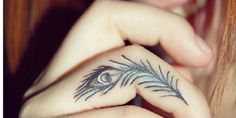 28 Tiny Tattoo Ideas for Your Fingers