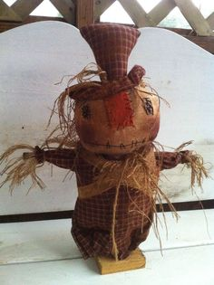 Primitive Folk ARt Extreme Scarecrow Make do makedo doll grungy grubby Fall #NaivePrimitive