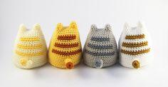 patron gratis amigurumi gato - in Spanish with amazing photo instructions. Crochet Diy, Crochet Amigurumi, Love Crochet, Amigurumi Patterns, Crochet Dolls, Knitting Patterns, Crochet Patterns, Gato Crochet, Knitting Projects