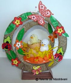 Design Case, Easter Decor, Decorations, Wreaths, Christmas Ornaments, Holiday Decor, Handmade, Hand Made, Door Wreaths