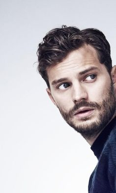 Jamie Dornan-perfect grooming (clean yet rugged! Jamie Dornan, Mr Grey, Fifty Shades Darker, Fifty Shades Of Grey, Christian Grey, Pretty People, Beautiful People, Hair Men Style, Hommes Sexy