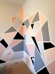 Pink and Gray Geometric Wall Mural -making a feature of a corner. Pink and Gray Geometric Wall Mural -making a feature of a corner. The post Pink and Gray Geometric Wall Mural -making a feature of a corner. & Wände appeared first on Geometric paint . Bedroom Wall Designs, Room Ideas Bedroom, Diy Room Decor, Bedroom Decor, Wall Decor, Girls Bedroom, Accent Wall Bedroom, Bedrooms, Home Decor