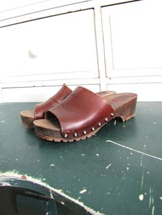 Hey, I found this really awesome Etsy listing at https://www.etsy.com/listing/152459776/70s-clogs-1970s-platforms-wooden-clogs