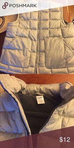 Grey Puffer vest with fleece lining Gymboree size 7/8 puffer vest EUC Gymboree Jackets & Coats Vests