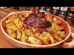 pork ham hock in potato bed. Y Recipe, Ham Hock, Pork Ham, Hungarian Recipes, Paella, Cake Recipes, Roast, Potatoes, Fresh