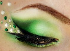 Pageant Designs Green Glam Look | Meredith Jessica Makeup