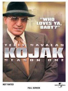 Kojak (1973-1978). Telly Savalas es el teniente Thero Kojak, un poco ortodoxo e incorruptible policía de Manhattan, sagaz y sin pelos en la lengua, de excelente humor e inimitable estilo.