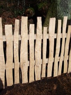 Rustic fence - All For Garden Natural Privacy Fences, Diy Privacy Fence, Diy Fence, Backyard Fences, Garden Fencing, Backyard Landscaping, Pallet Fence, Diy Pallet, Country Fences