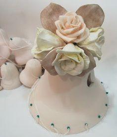 Ateliê Le Mimo: CUSTOMIZAÇÃO Sino de cerâmica customizado com flores de EVA