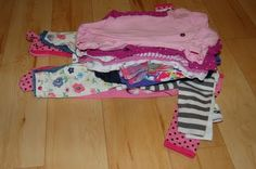 Organizing new baby clothes that are too big with varied sizing. Instead of organizing by label size, sort according to their length from shoulder  to crotch. Kids Clothes Organization, Drawer Labels, New Baby Girls, My Little Girl, Parenting Hacks, Organizing, New Baby Products, Drawers
