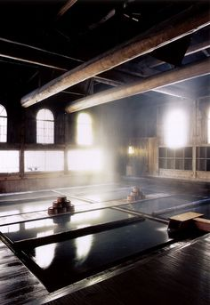 Never been a hotel enthusiast but I am enthusiastically anticipating future travel destinations that includes the Hoshi Ryukan in the itinerary. This is the oldest hotel in the world. Culture steeped in tradition. Hot Springs Japan, Japanese Hot Springs, Gunma, Travel Sights, Travel Destinations, Rafting, Hot Tub Backyard, Japanese Bath, Future Travel