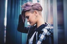 Grab Eyeballs with These Edgy and Contemporary Undercut Pixie Hairstyles Undercut Styles, Undercut Women, Undercut Hairstyles, Pixie Hairstyles, Pixie Haircut, Undercut Fade, Undercut Pixie, Hairstyles 2016, New Short Haircuts