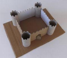 Ritterburg aus Klopapierrollen und Karton basteln - günstige Idee, die auch schon für den Kindergarten geeignet ist.
