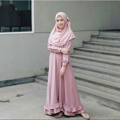 Modern Hijab Fashion, Muslim Women Fashion, Islamic Fashion, Dress Muslim Modern, Muslim Dress, Hijab Dress Party, Hijab Style Dress, Moslem Fashion, Modele Hijab