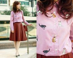 Sheinside Cats Shirt, Front Row Shop Pleated Faux Leather Skirt, Miu Miu Bow Kitten Heels