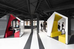 Color industrial en la nueva sede de la compañía Lightspeed. Concepto interiorista desarrollado por ACDF Architecture