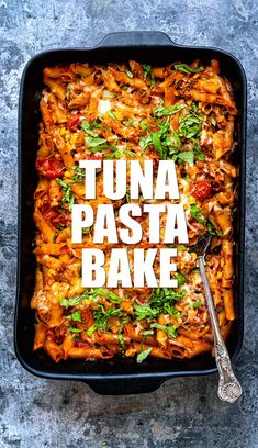 This Tuna Pasta Bake (a.a Tuna Casserole) is made with everyday store-cupboard ingredients. A great-tasting and healthy family meal. Tuna Pasta Bake Healthy, Healthy Tuna, Creamy Tuna Pasta Bake, Vegan Pasta Bake, Healthy Food, Slimming World Pasta Bake, Easy Slimming World Recipes, Healthy Family Meals, Easy Healthy Dinners