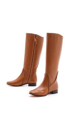 Now trending: Zipper boots