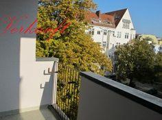 Toplage in Wilmersdorf - vermietet  Aufzug, EBK,    Objekt-ID: 53683 (1475)  Etagenwohnung  10717 Berlin-Wilmersdorf  Zimmer: 2  Kaufpreis: 85.000,00 €  Käuferprovision: 7,14 % des Kaufpreises inkl. gesetzl. MwSt. vom Käufer