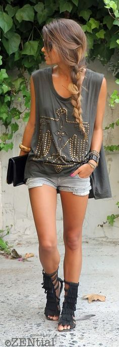 30 Casual Summer Outfit Ideas, Summer Outfits, Need ideas? These awesome Casual Summer Outfit Ideas will give you enough inspiration to look gorgeously hot and comfortable this summer! Boho Outfits, Casual Outfits, Cute Outfits, Fashion Outfits, Womens Fashion, Fashion Ideas, Casual Shorts, Denim Shorts, Fashion Trends