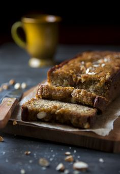 Moist healthy banana bread - Refined flour and refined sugar free