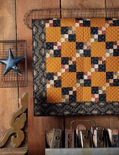 Jo's Little Favorites II: A Classic Collection of 15 Small Quilts Fall Quilts, Scrappy Quilts, Mini Quilts, Winter Quilts, Primitive Quilts, Antique Quilts, 4 Patch Quilt, Quilt Blocks, Triangles