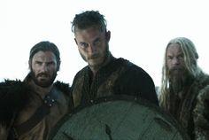 Travis Fimmel - Ragnar - Vikings Season1 Vikings Show, Vikings Game, Vikings Tv Series, Vikings Ragnar, Viking Men, Viking Life, King Ragnar Lothbrok, Viking Series, Viking Culture