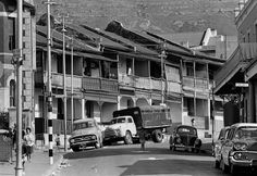 The Spirit of District Six: 32 Interesting Black and White Photographs Capture Everyday Life of Cape Town, South Africa in 1970 ~ vintage everyday Cities In Africa, Cape Town South Africa, Museum, Most Beautiful Cities, Places Of Interest, African History, Old Pictures, Places To Visit, Street View