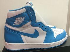Nike Air Jordan 1 High OG GS Sz 5.5Y North Carolina Powder Blue 575441 117