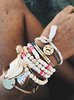 Travel | Summer  | Bracelets | Colour | More on Fashionchick.nl