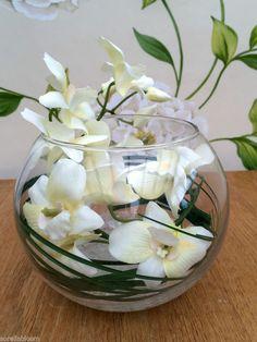 STUNNING CREAM ORCHID & GRASS ARTIFICIAL FLOWER ARRANGEMENT GLASS BOWL IN WATER