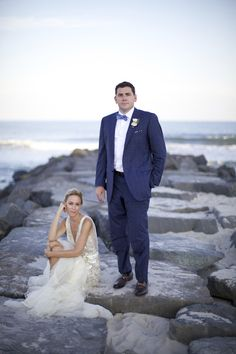 intimate New Jersey wedding at Haven Beach, photos by Sarah DiCicco Photography | via junebugweddings.com