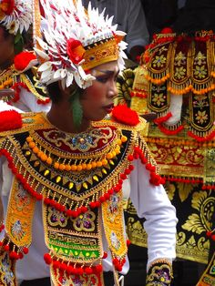 Ritual dancer, New Moon Festival, Besakih temple, Bali.
